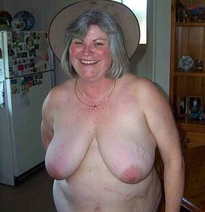 Nude wifes and mature ex girlfriends..